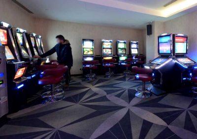 sala-slot-machines-bowling-space-cerro-maggiore-1